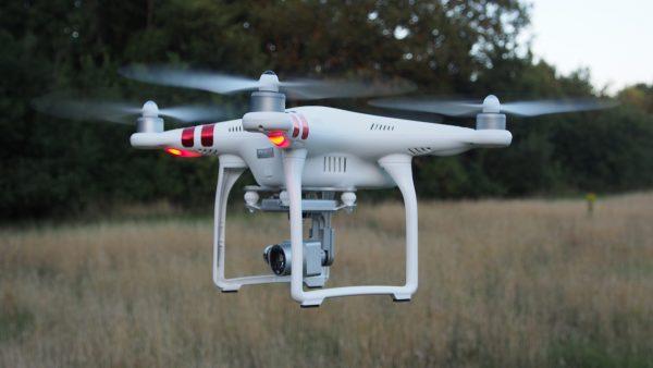 DJI Phantom 3   Standard Quadcopter Camera Drone - White -3721