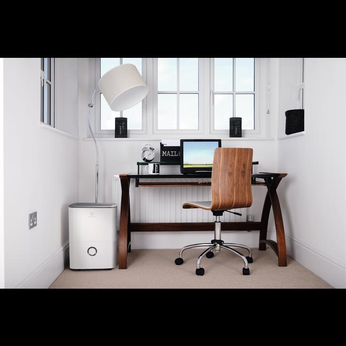 Electrolux EXD20DN3W   20L Free-standing Dehumidifier   White-0